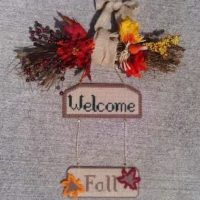 Plastic Canvas Fall Welcome Sign – e-Pattern's Central – Terry Ricioli – Pattern REVIEW