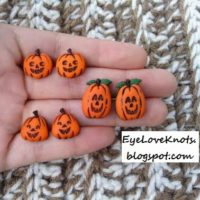 Quick DIY – Jack O'Lantern Stud Earrings – Buttons to Jewelry!