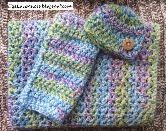 Berry Blast Mini Photo Blanket Free Crochet Pattern