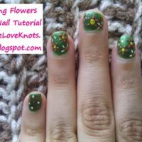 Spring Flowers – Easy Nail Tutorial