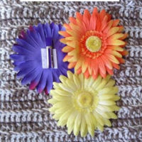 DIY – Using Artificial Flowers to Make Hair Clips