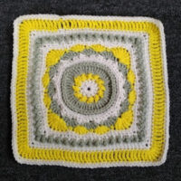 Buds-a-Blooming Afghan Square – Crochet Pattern Review – Crochet n Crafts