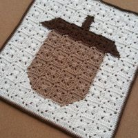 Acorn Square Pixel Art – Free Crochet Pattern