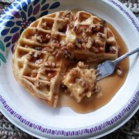 Banana Cream & Walnuts Waffle for 1