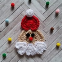 Heart Shaped Santa Ornament – Crochet Pattern Review – Golden Lucy Crafts