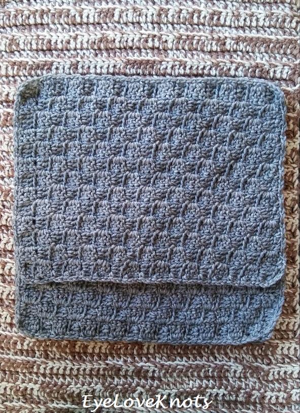Third step of how to assemble a crochet pillow