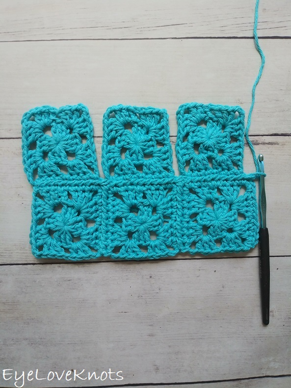 How to work the second row for the continuous join of granny squares