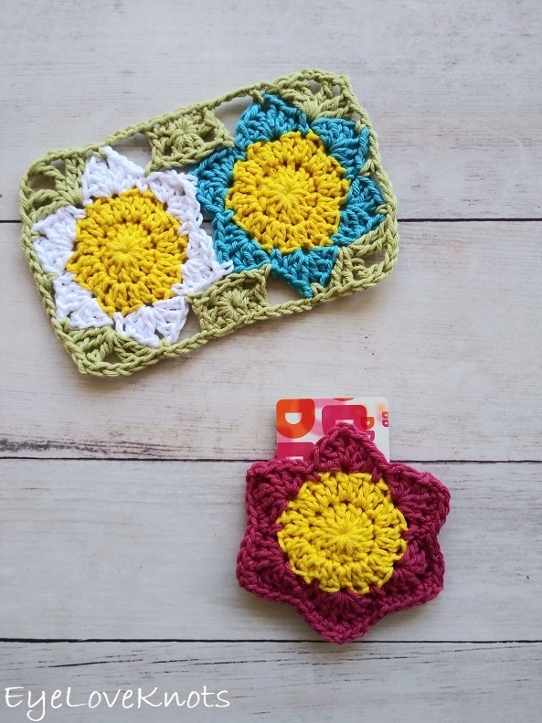 crocheted floral mug rug and gift card holder, EyeLoveKnots, Lily's Floral Mug Rug, Lily's Floral Gift Card Holder