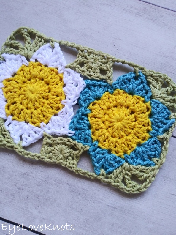 close up of floral mug rug with white and blue flowers EyeLoveKnots