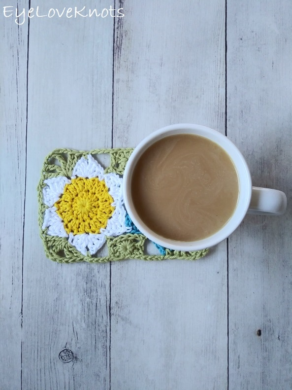floral mug rug with cup of coffee on top EyeLoveKnots